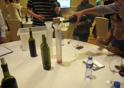 Học viện pha chế rượu